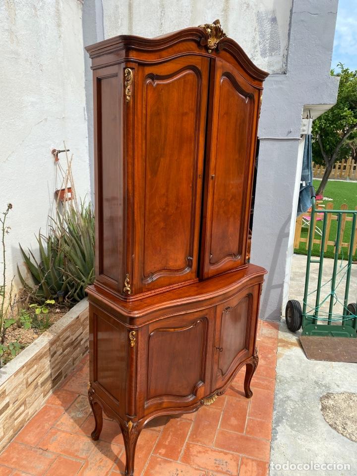 Antigüedades: Vitrina estilo Luis XV - Foto 3 - 211586749