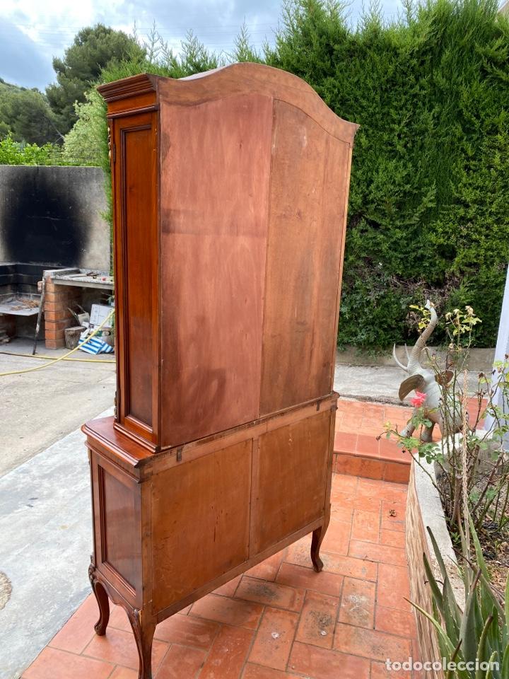 Antigüedades: Vitrina estilo Luis XV - Foto 10 - 211586749