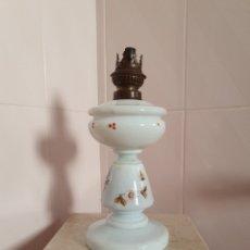 Antigüedades: MUY BONITO QUINQUE REALIZADO EN OPALINA. Lote 211605816
