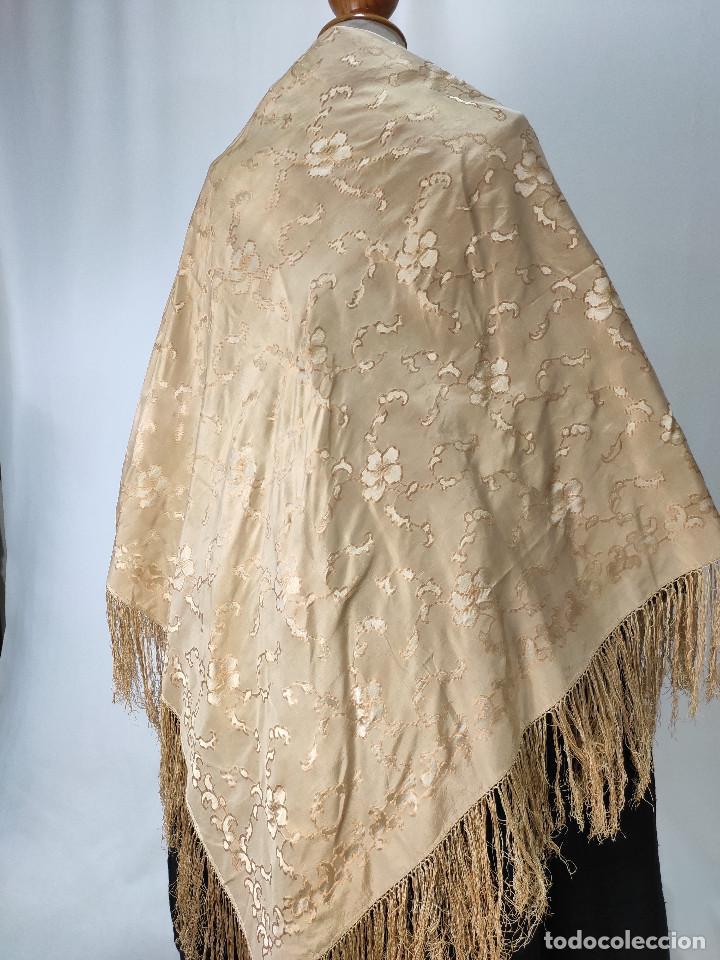 Antigüedades: Antiguo pañuelo de gro. Mantón - Foto 3 - 211606861