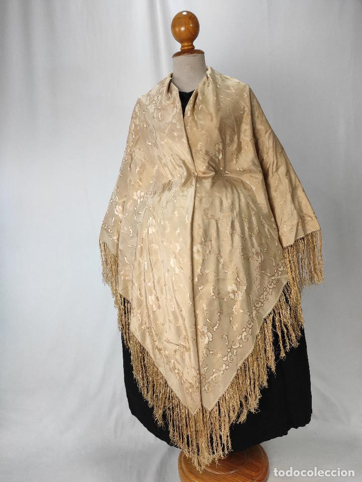 Antigüedades: Antiguo pañuelo de gro. Mantón - Foto 7 - 211606861