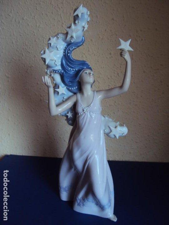 (ANT-200787)GRAN FIGURA DE LLADRO - MILLENNIUM - SELLADA Y NUMERADA - 40 CM. (Antigüedades - Porcelanas y Cerámicas - Lladró)