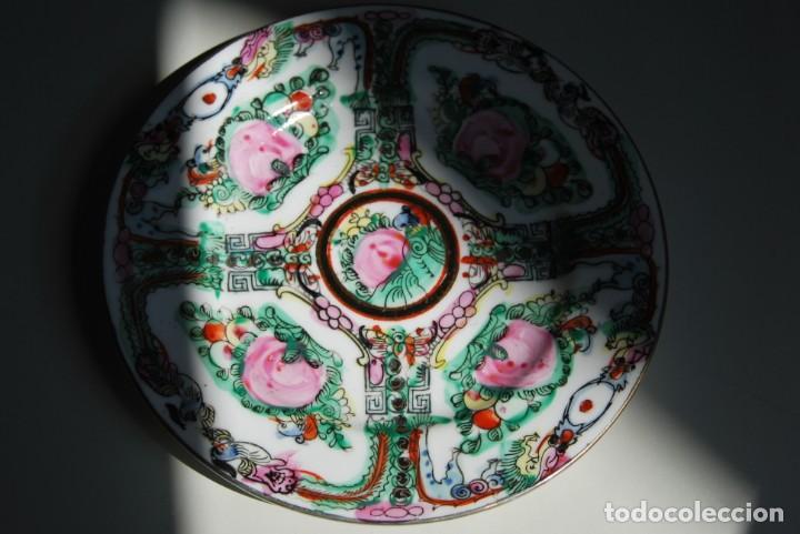 Antigüedades: PRECIOSO PLATO DE PORCELANA MACAO - SELLO EN LA BASE - PINTADO A MANO - 15,4 CM - MACAU - Foto 2 - 211676160
