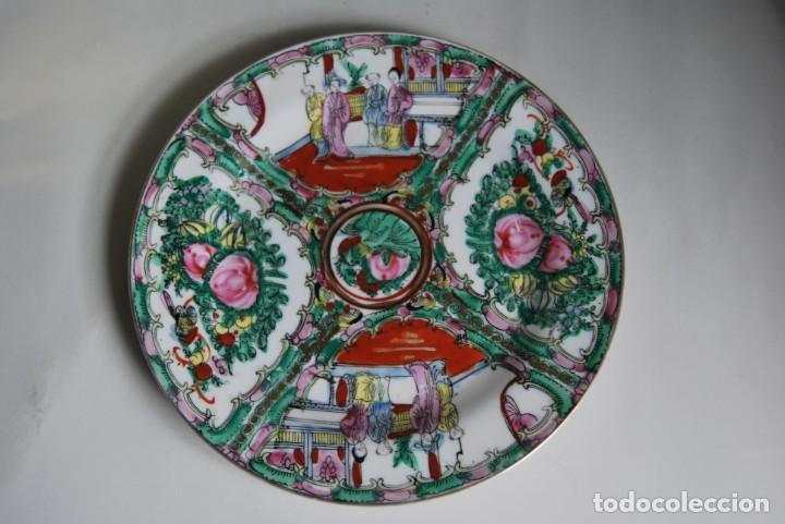 PRECIOSO PLATO DE PORCELANA MACAO - SELLO EN LA BASE - PINTADO A MANO - 25 CM - MACAU (Antigüedades - Porcelanas y Cerámicas - China)