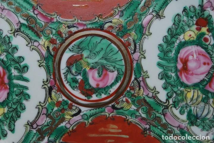 Antigüedades: PRECIOSO PLATO DE PORCELANA MACAO - SELLO EN LA BASE - PINTADO A MANO - 25 CM - MACAU - Foto 5 - 211676433