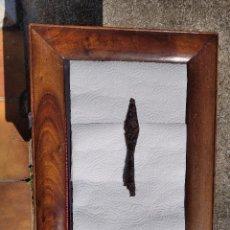 Antigüedades: MARCO DE NOGAL MACIZO ISABELINO SIGLO XIX. Lote 211703094