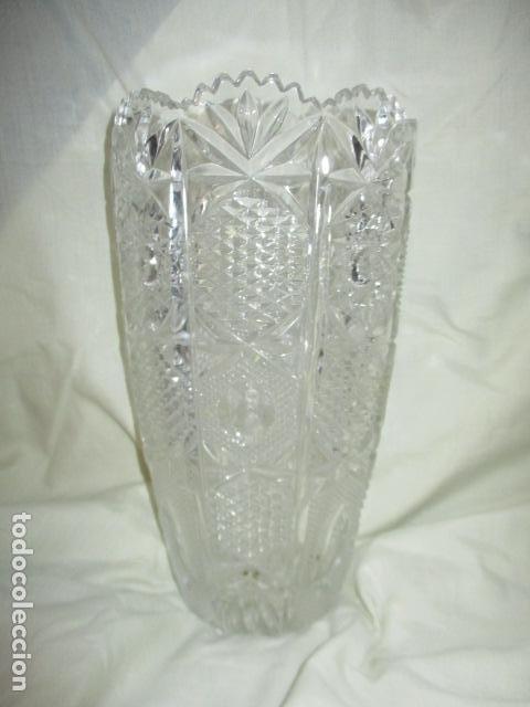 Antigüedades: Precioso JARRÓN CRISTAL TALLADO DE BOHEMIA. - Foto 12 - 211719380