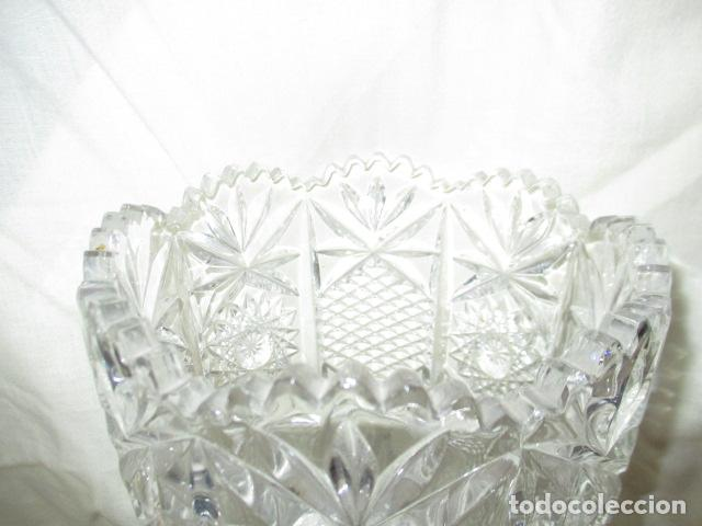 Antigüedades: Precioso JARRÓN CRISTAL TALLADO DE BOHEMIA. - Foto 13 - 211719380