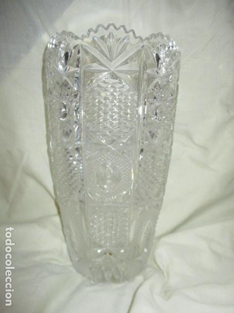 Antigüedades: Precioso JARRÓN CRISTAL TALLADO DE BOHEMIA. - Foto 15 - 211719380