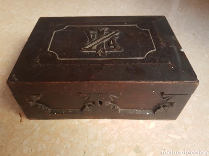 CAJA PEQUEÑA JOYERO DE MADERA DE PINO (Antigüedades - Hogar y Decoración - Cajas Antiguas)