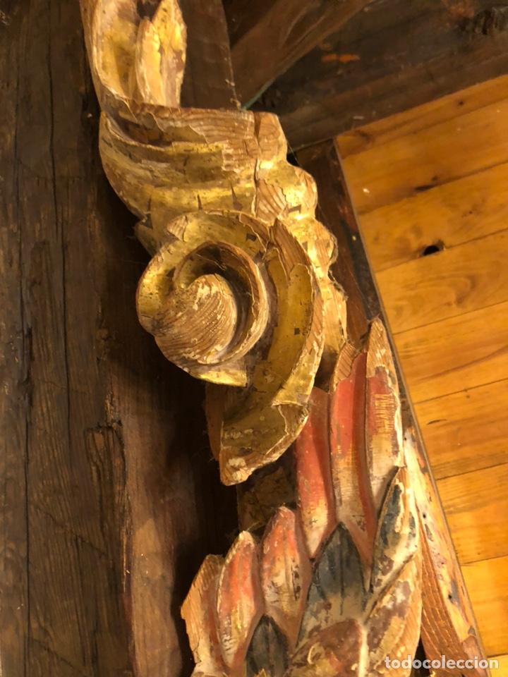 Antigüedades: Antiguo siglo XVII fragmento original de retablo volutas sobredorado y busto de ángel. Policromado - Foto 7 - 211722059