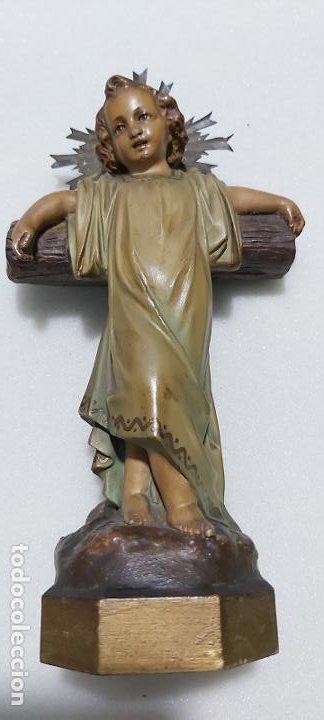 Antigüedades: Figura antigua niño Jesús en la cruz de olot - Foto 10 - 211727269