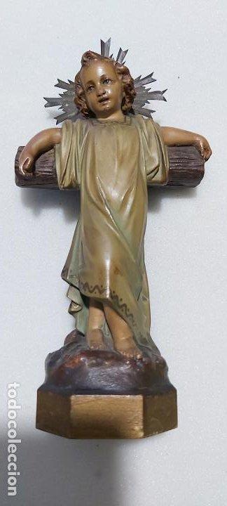 FIGURA ANTIGUA NIÑO JESÚS EN LA CRUZ DE OLOT (Antigüedades - Religiosas - Varios)