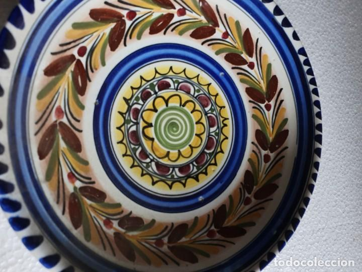 Antigüedades: PLATO DE CERAMICA FIRMADO - Foto 2 - 211736819