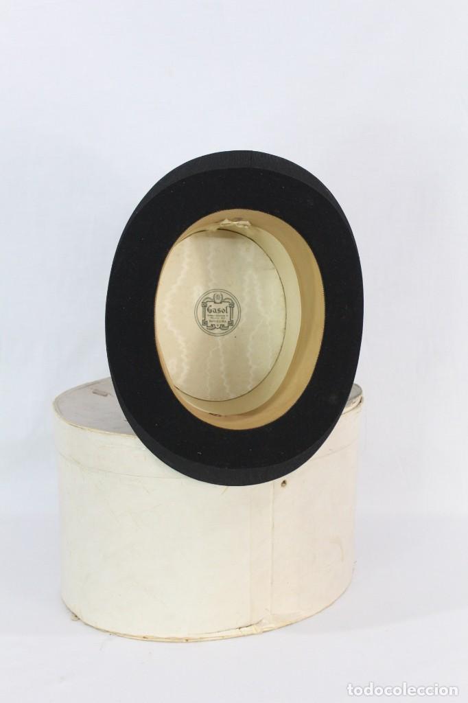 Antigüedades: Chistera de piel de foca, sombrero fines s XIX Gasol Barcelona - Foto 2 - 211777160