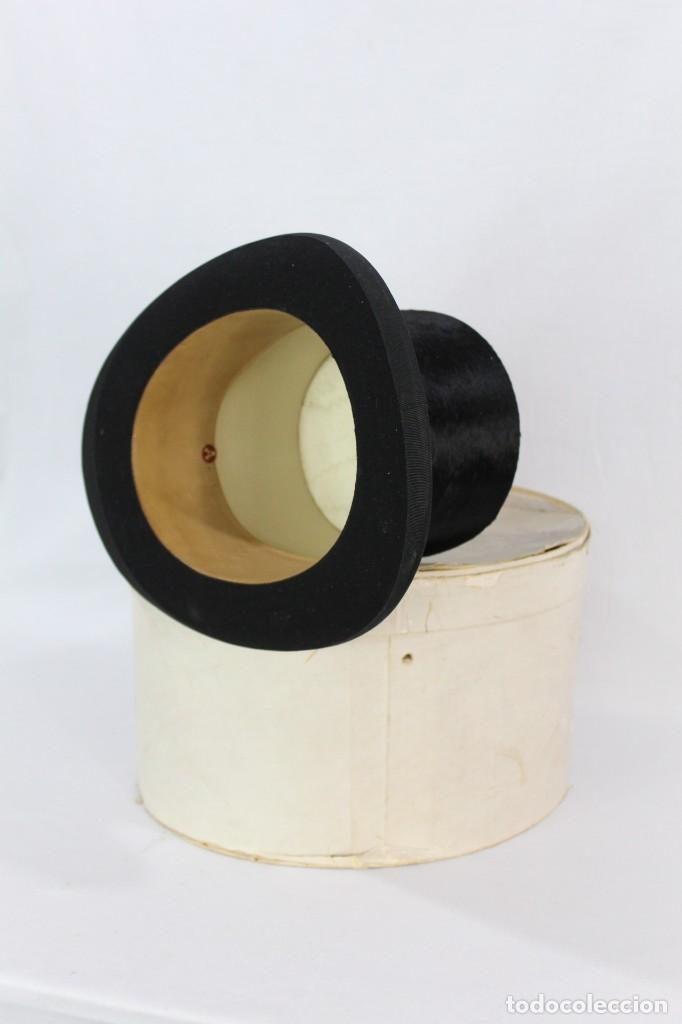 Antigüedades: Chistera de piel de foca, sombrero fines s XIX Gasol Barcelona - Foto 3 - 211777160