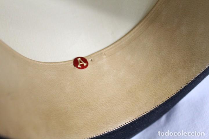 Antigüedades: Chistera de piel de foca, sombrero fines s XIX Gasol Barcelona - Foto 9 - 211777160