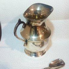 Antigüedades: LECHERA Y CUCHARILLA DE ALPACA. Lote 211823976