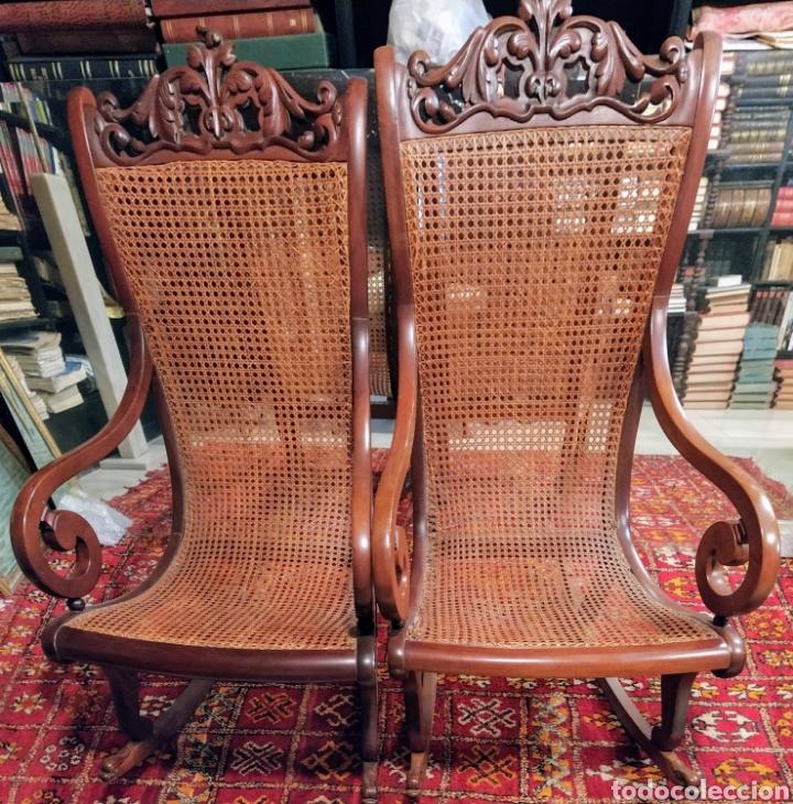 Antigüedades: Bonita pareja de mecedoras fernandinas. Primer tercio siglo XIX. En madera de caoba. - Foto 8 - 211921283