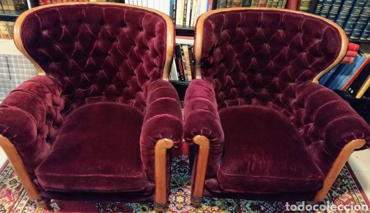Antigüedades: Bonita pareja de sillones Chester. Siglo XIX. - Foto 11 - 211921998