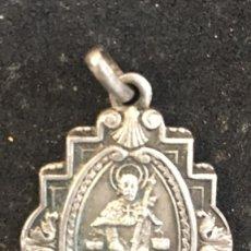 Antigüedades: AÑO SANTO COMPOSTELANO 1943. MEDALLA PLATA. Lote 211995826