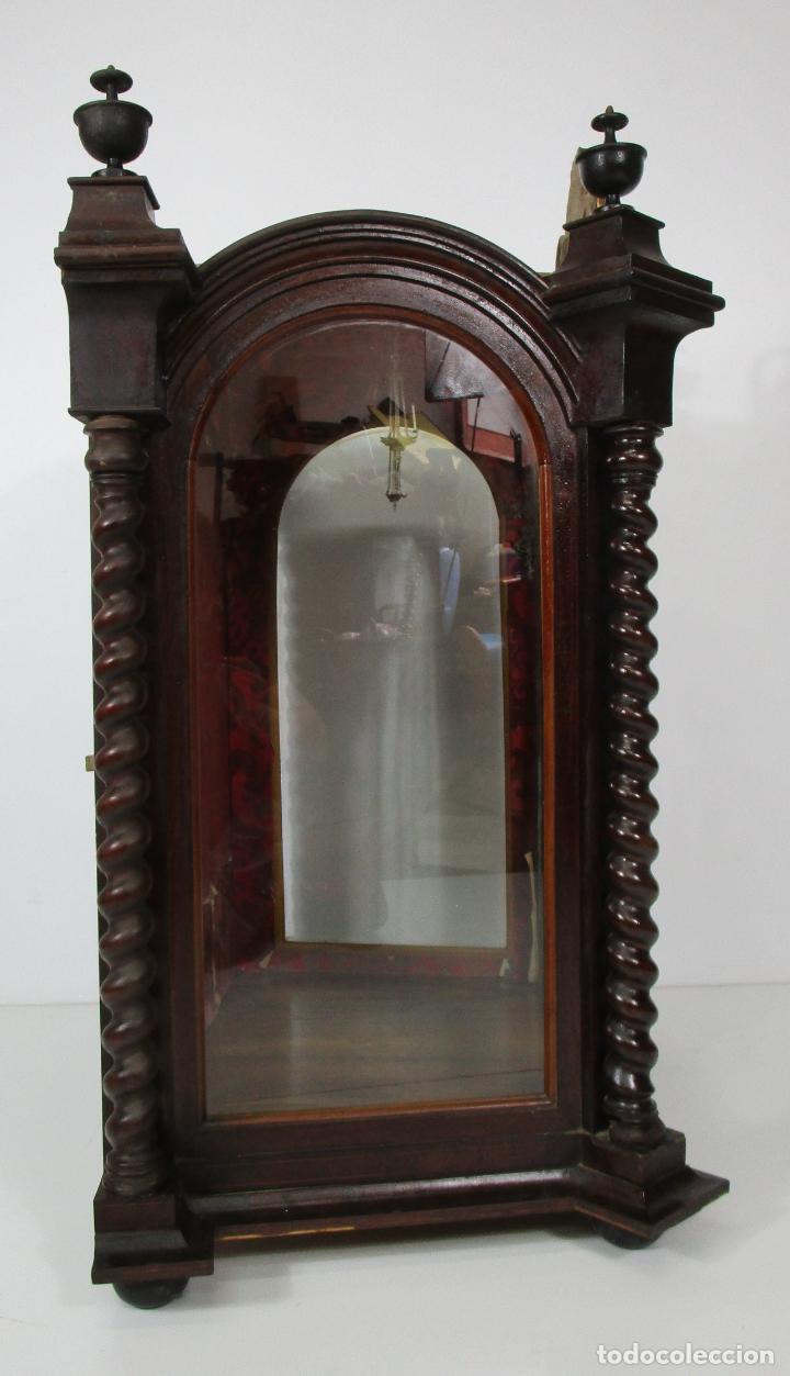 Antigüedades: Preciosa Capilla Carlos IV - Vitrina para Virgen, Santo - Madera Tallada y Dorada - S. XVIII-XIX - Foto 3 - 212005551