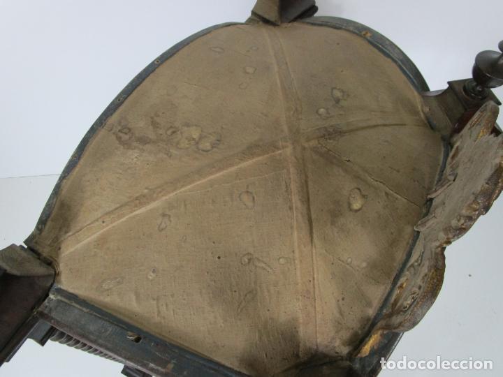Antigüedades: Preciosa Capilla Carlos IV - Vitrina para Virgen, Santo - Madera Tallada y Dorada - S. XVIII-XIX - Foto 12 - 212005551