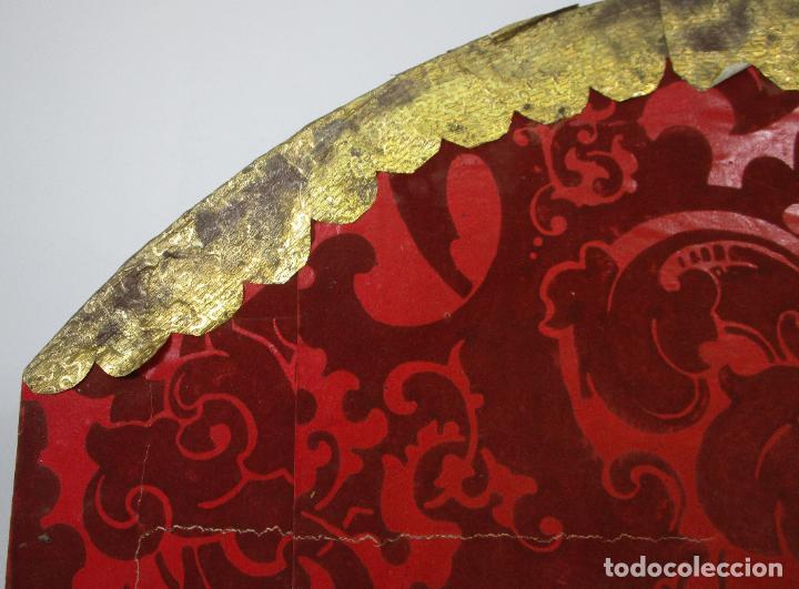 Antigüedades: Preciosa Capilla Carlos IV - Vitrina para Virgen, Santo - Madera Tallada y Dorada - S. XVIII-XIX - Foto 23 - 212005551