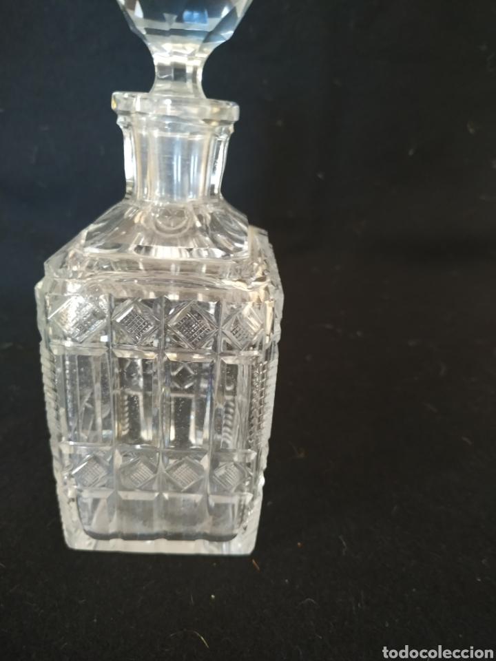 Antigüedades: Perfumero de tocador .Cristal tallado.1925-30 - Foto 2 - 212016082