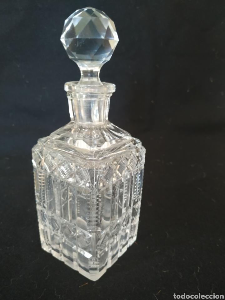 Antigüedades: Perfumero de tocador .Cristal tallado.1925-30 - Foto 3 - 212016082