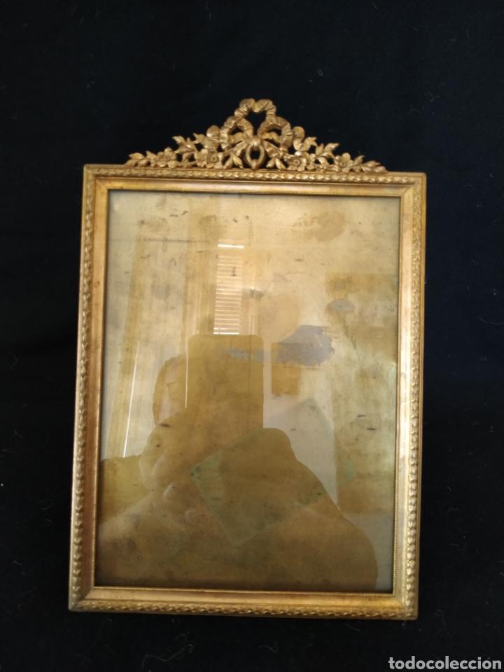 PORTAFOTOS FRANCÉS DE FINALES DEL SIGLO XIX .BRONCE .GRANDE (Antigüedades - Hogar y Decoración - Portafotos Antiguos)