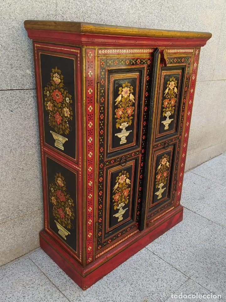 Antigüedades: Aparador, mueble auxiliar policromado oriental, indu - Foto 3 - 212187896