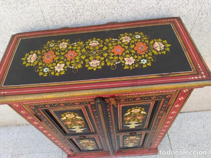 Antigüedades: Aparador, mueble auxiliar policromado oriental, indu - Foto 6 - 212187896