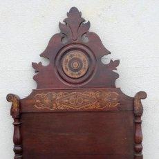 Antigüedades: CAMA FERNANDINA EN MADERA DE CAOBA CON MARQUETERIA. Lote 212206882