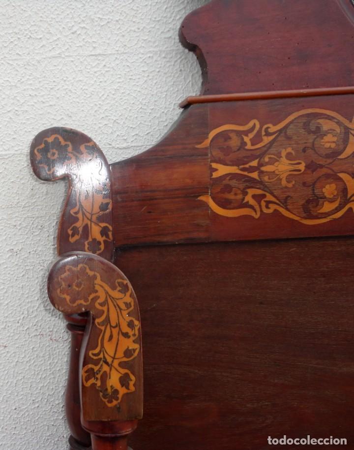 Antigüedades: Cama Fernandina en madera de caoba con marqueteria - Foto 8 - 212206882