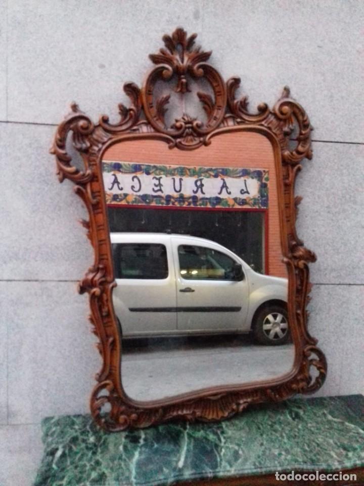 Antigüedades: Consola con espejo en madera tallada y tapa de marmol verde - Foto 4 - 212254117