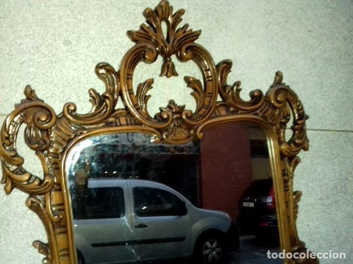 Antigüedades: Consola con espejo en madera tallada y tapa de marmol verde - Foto 8 - 212254117