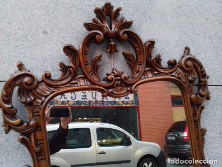 Antigüedades: Consola con espejo en madera tallada y tapa de marmol verde - Foto 9 - 212254117