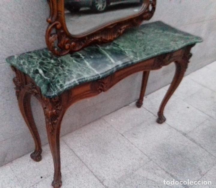 Antigüedades: Consola con espejo en madera tallada y tapa de marmol verde - Foto 11 - 212254117
