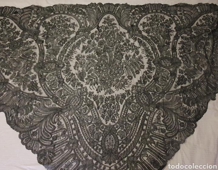 Antigüedades: MARAVILLOSO PICO-MANTILLA ANTIGUO DE ENCAJE DE CHANTILLY FRANCES - Foto 5 - 212292868