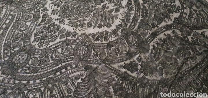 Antigüedades: MARAVILLOSO PICO-MANTILLA ANTIGUO DE ENCAJE DE CHANTILLY FRANCES - Foto 8 - 212292868