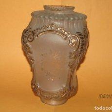 Antigüedades: ANTIGUA TULIPA DE GRAN TAMAÑO EN CRISTAL GRUESO Y CON DORADOS. Lote 212370647