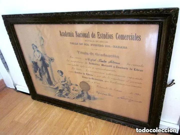Antigüedades: Cuadro Marco Madera Cristal Título Graduación Tenedor Libros Cuba 1926 Habana grande 61 cm - Foto 2 - 212382170