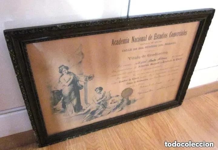 Antigüedades: Cuadro Marco Madera Cristal Título Graduación Tenedor Libros Cuba 1926 Habana grande 61 cm - Foto 3 - 212382170