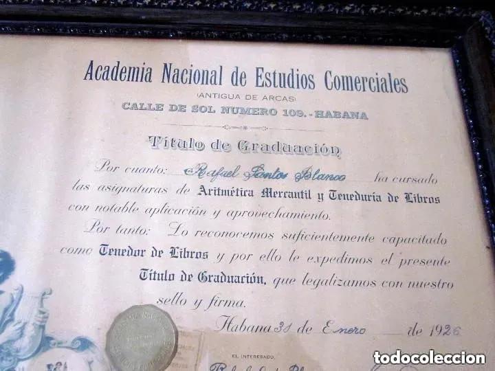 Antigüedades: Cuadro Marco Madera Cristal Título Graduación Tenedor Libros Cuba 1926 Habana grande 61 cm - Foto 5 - 212382170