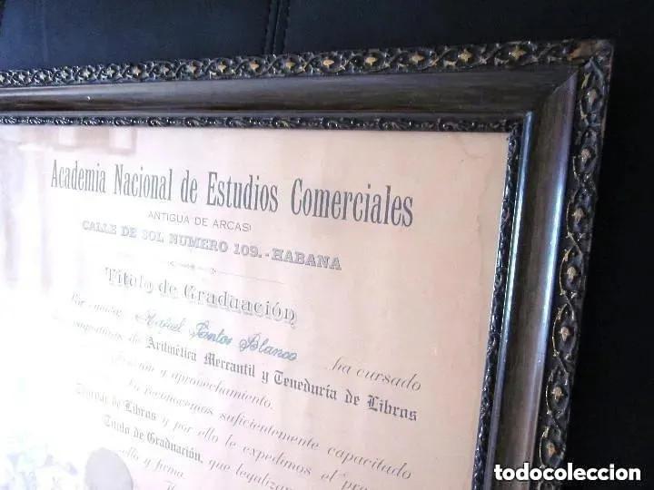 Antigüedades: Cuadro Marco Madera Cristal Título Graduación Tenedor Libros Cuba 1926 Habana grande 61 cm - Foto 8 - 212382170