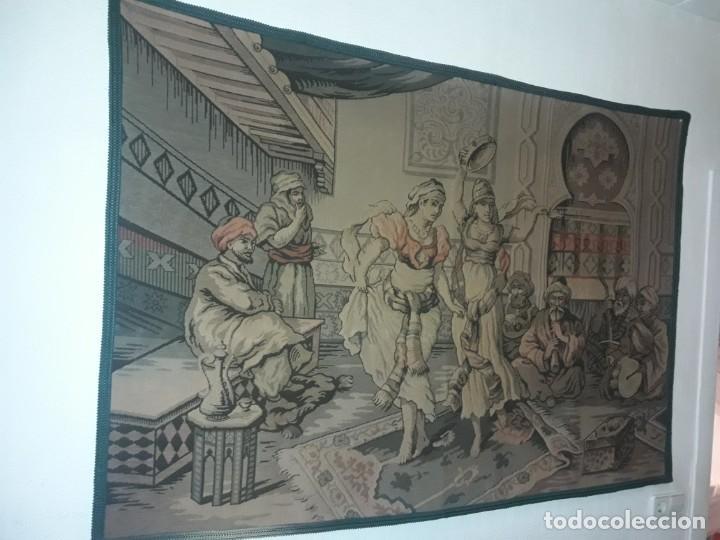 Antigüedades: Excepcional antiguo tapiz de gran tamaño con bellos colores motivos Árabes 181x127cm - Foto 5 - 212428528