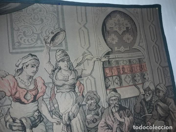 Antigüedades: Excepcional antiguo tapiz de gran tamaño con bellos colores motivos Árabes 181x127cm - Foto 9 - 212428528