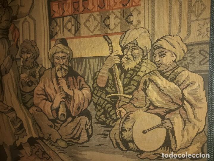 Antigüedades: Excepcional antiguo tapiz de gran tamaño con bellos colores motivos Árabes 181x127cm - Foto 18 - 212428528