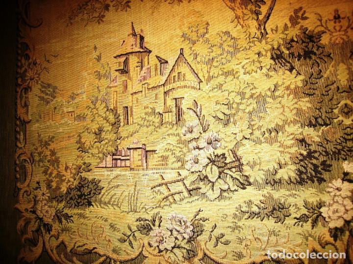 Antigüedades: Tapiz paisaje con castillos entre arboleda, motivo simétrico muy original - Foto 2 - 212429641